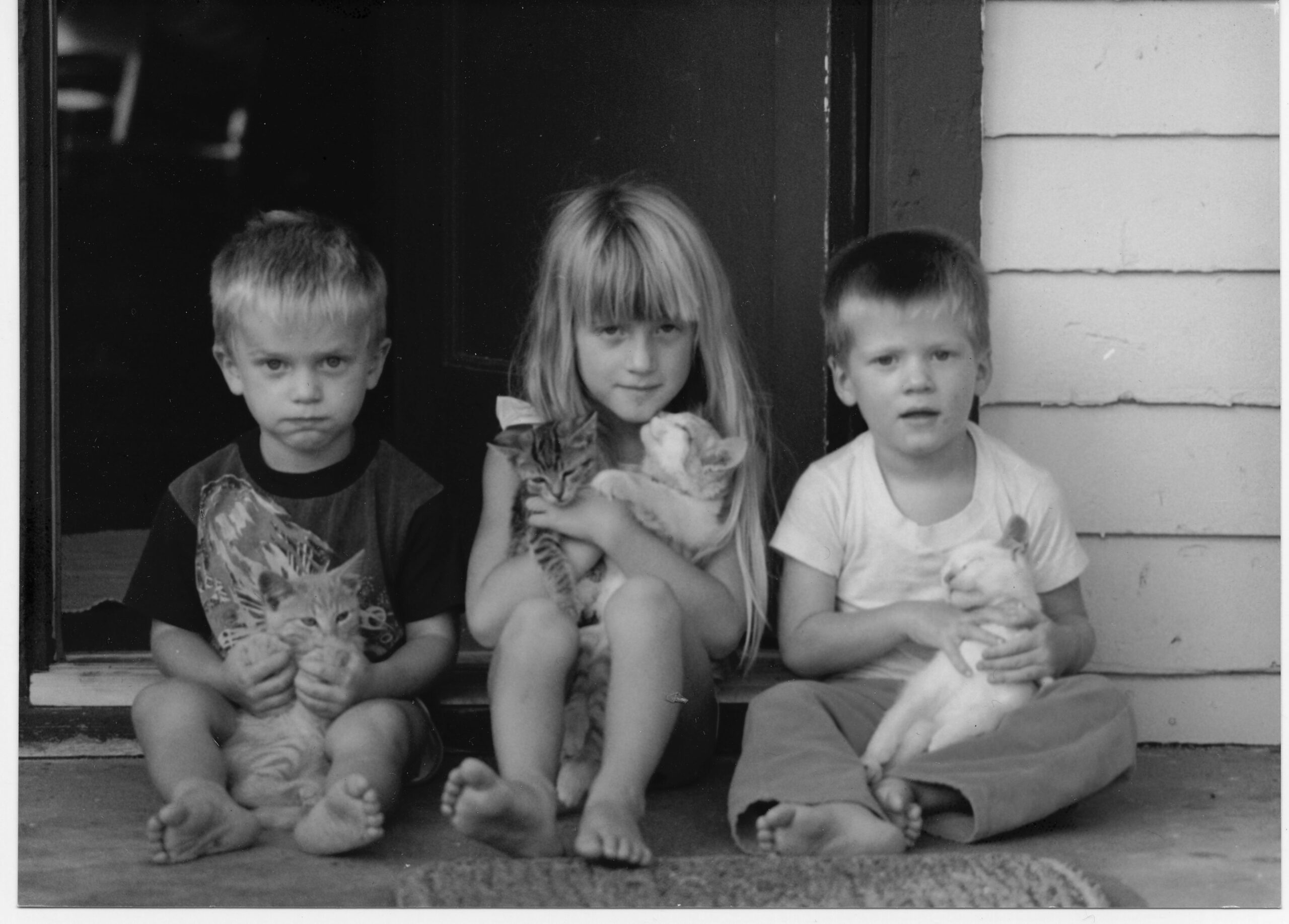 Vanessa Rivers with brothers